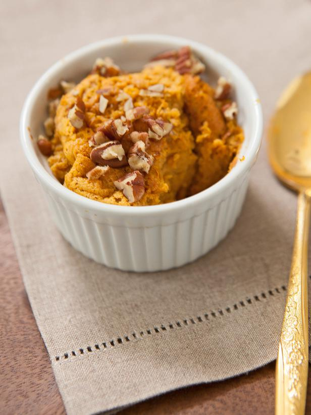 Individual Maple Sweet Potato Souffles : Get the recipe >>